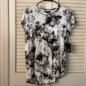 NWT black/white floral top